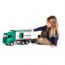 Camión De Transporte De Ganado Verde MAN – Ref. 2749